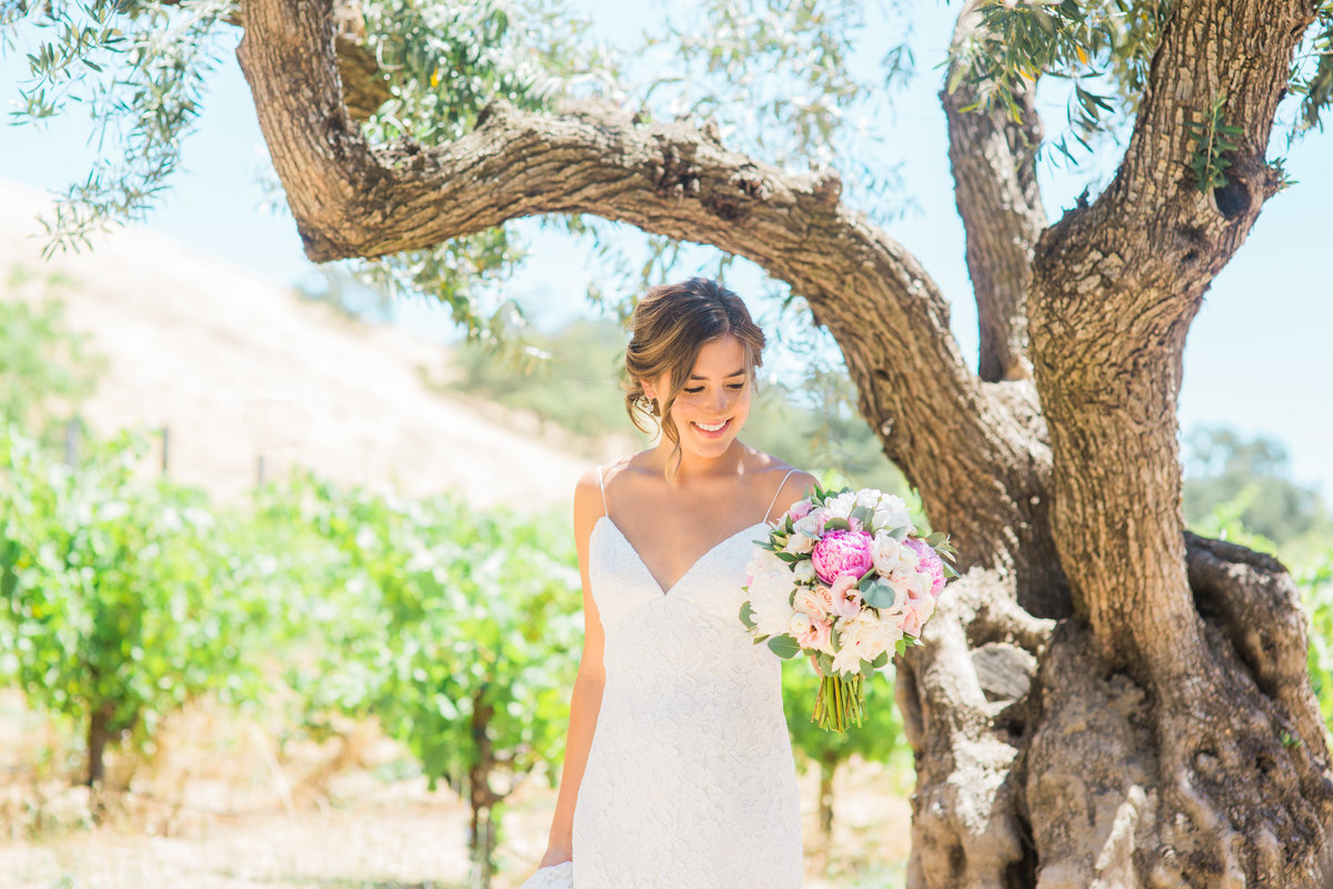 bride-at-healdsburg-country-gardens