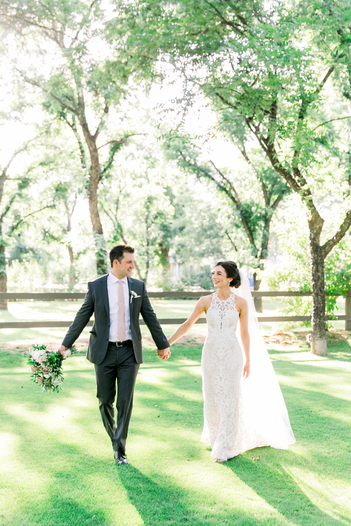 Karlie Colleen Photography - Venue At The Grove - Arizona Wedding - Maggie & Grant -62