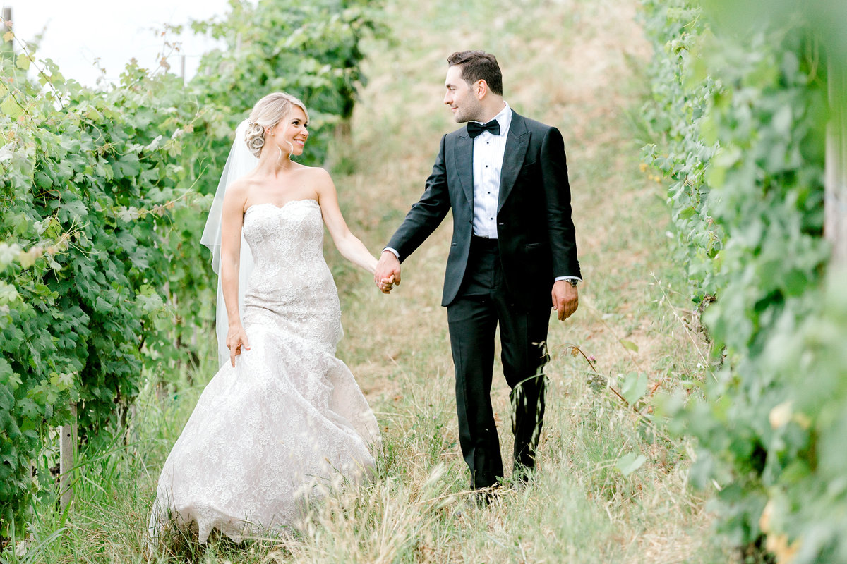 Destination-Vineyard-Italian-Wedding-New-York-Photographer-Jessica-Haley-Photo-01