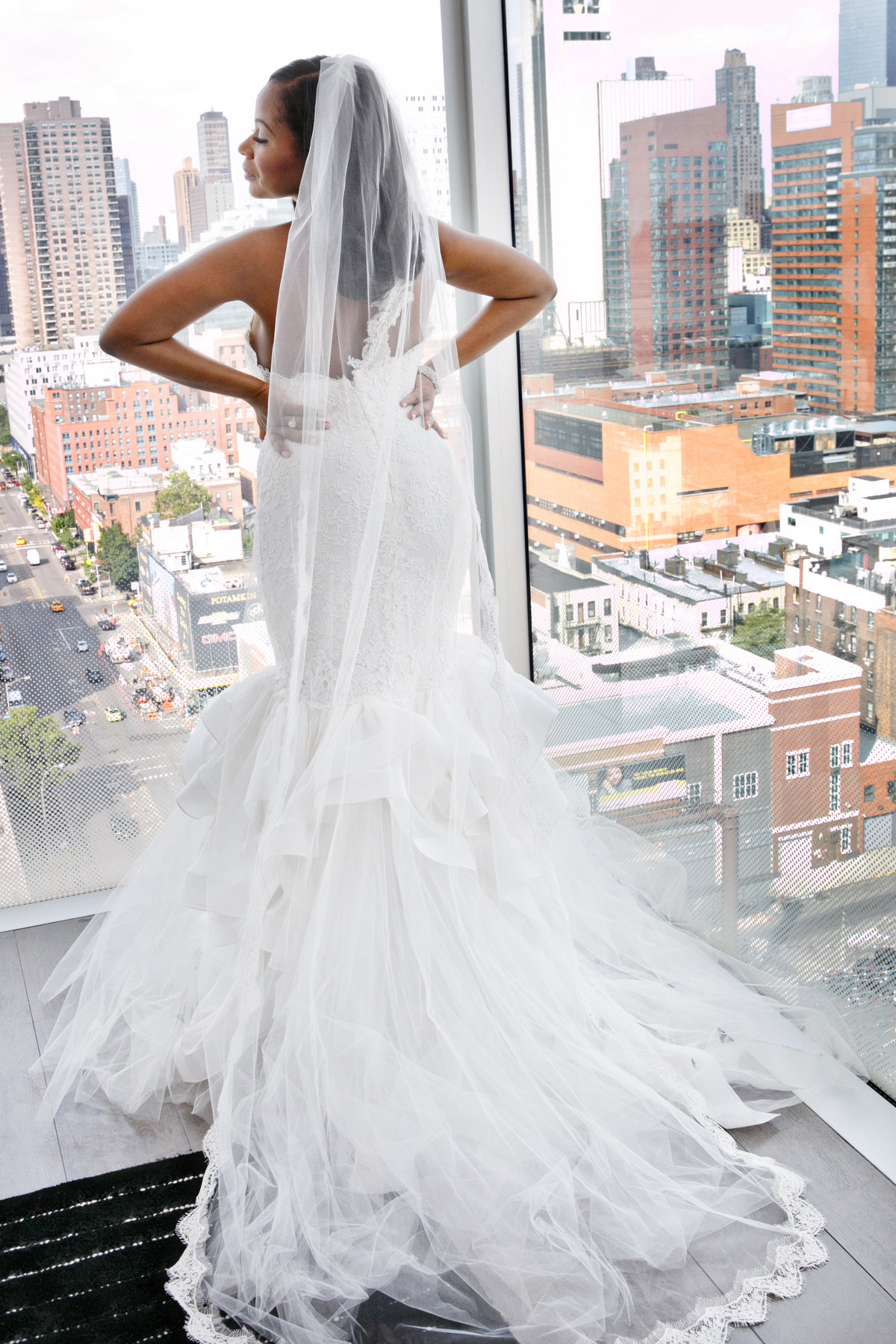 AmyAnaiz__Intimate_Elopement_Wedding_Ink48_Rooftop_Mantattan_New_York021
