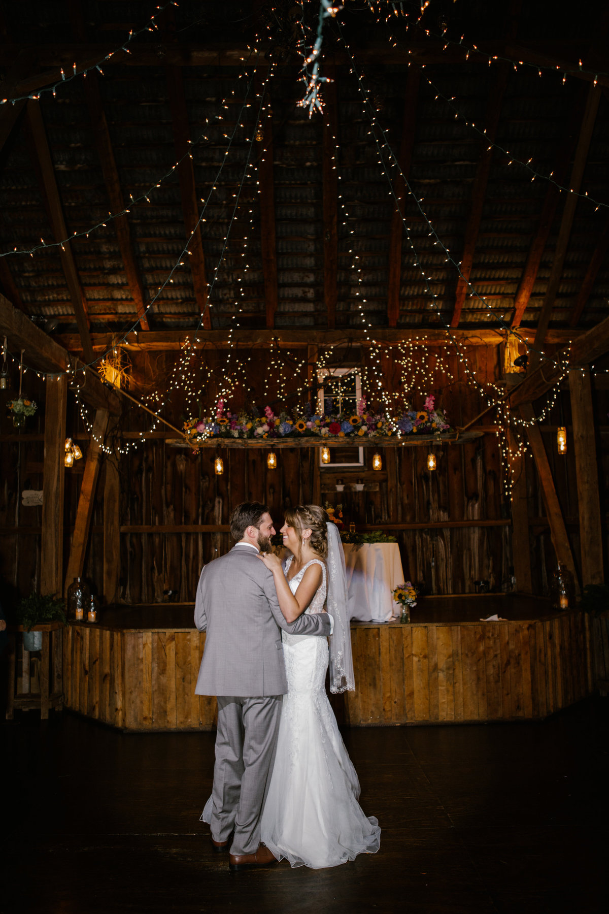 The hayloft wedding photos-7