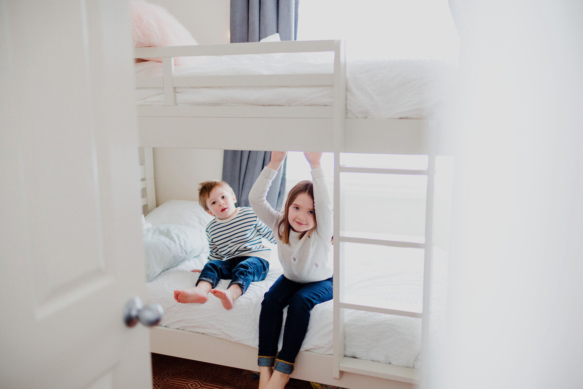 Small homes family sessions in Regina