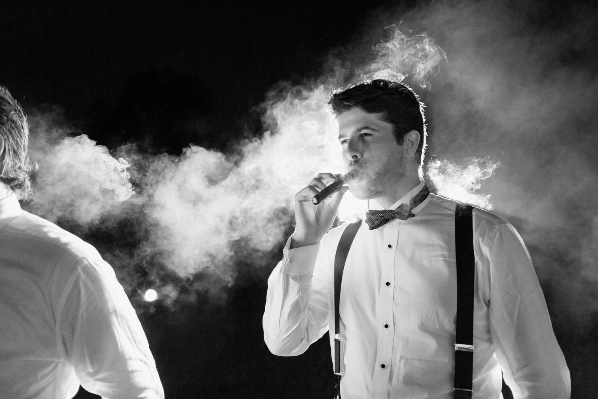 76_cool_cigar_shot_wedding