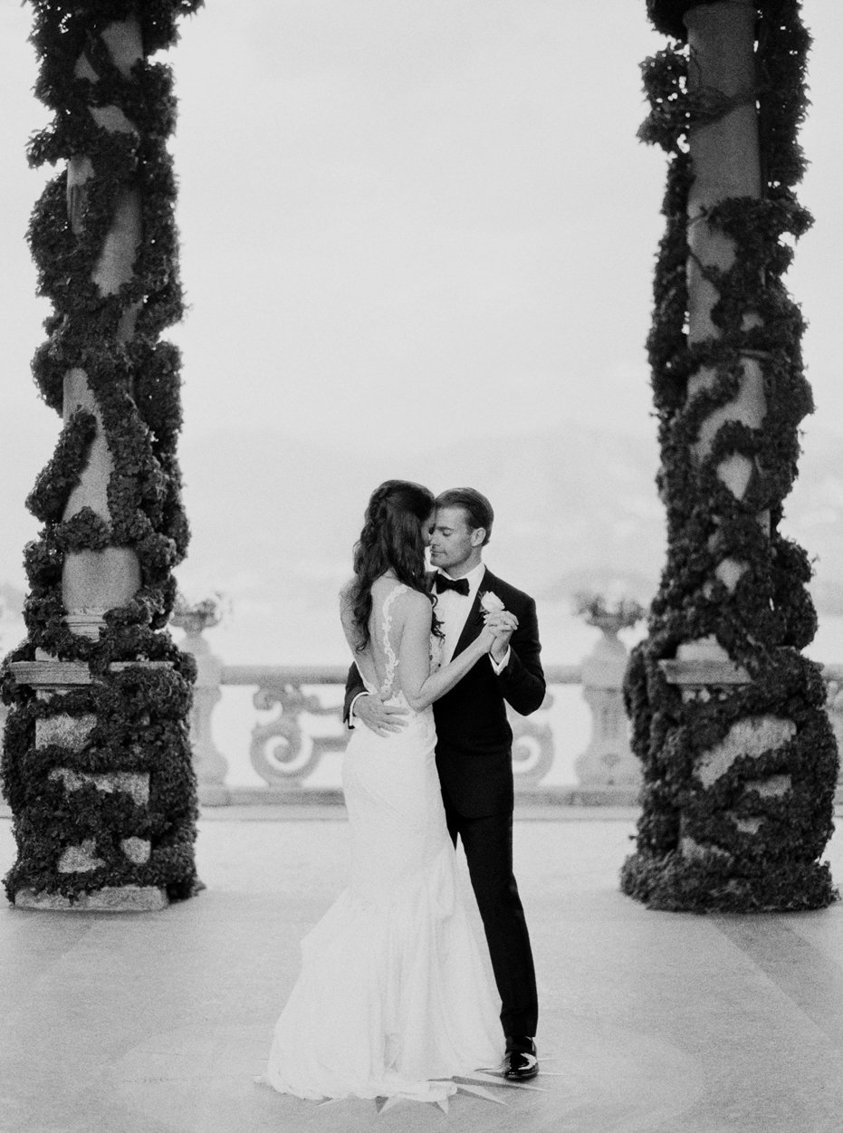 lake_como_italy_villa_balbianello_destination_wedding_melanie_gabrielle_067