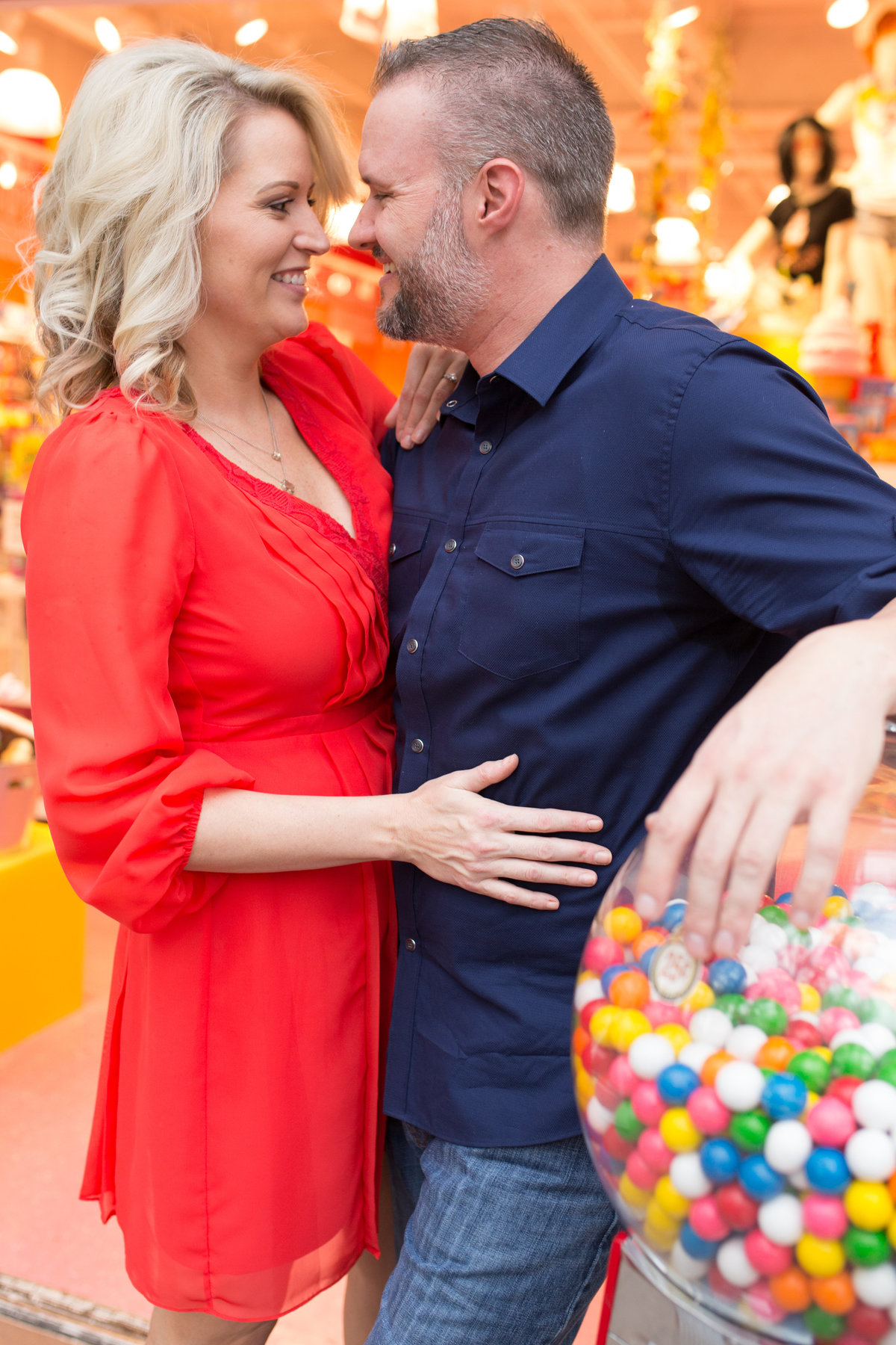 Jessica_Mike_Scottsdale_Quarter_Arizona_Engagement_0220