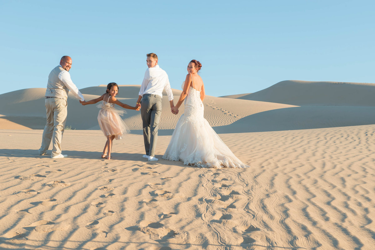 bride & groom imperial sand dunes