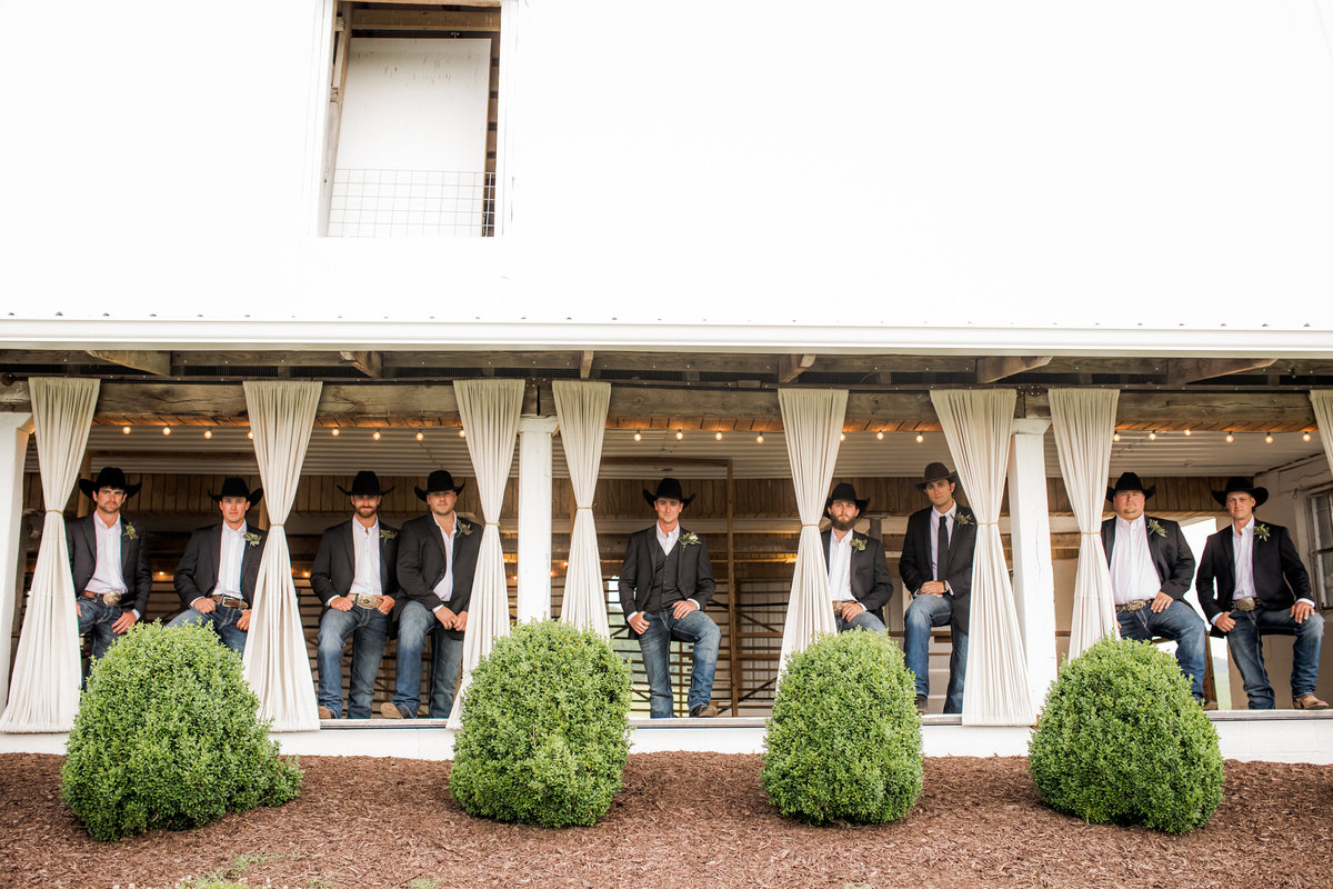 Nsshville Bride - Nashville Brides - The Hayloft Weddings - Tennessee Brides - Kentucky Brides - Southern Brides - Cowboys Wife - Cowboys Bride - Ranch Weddings - Cowboys and Belles038