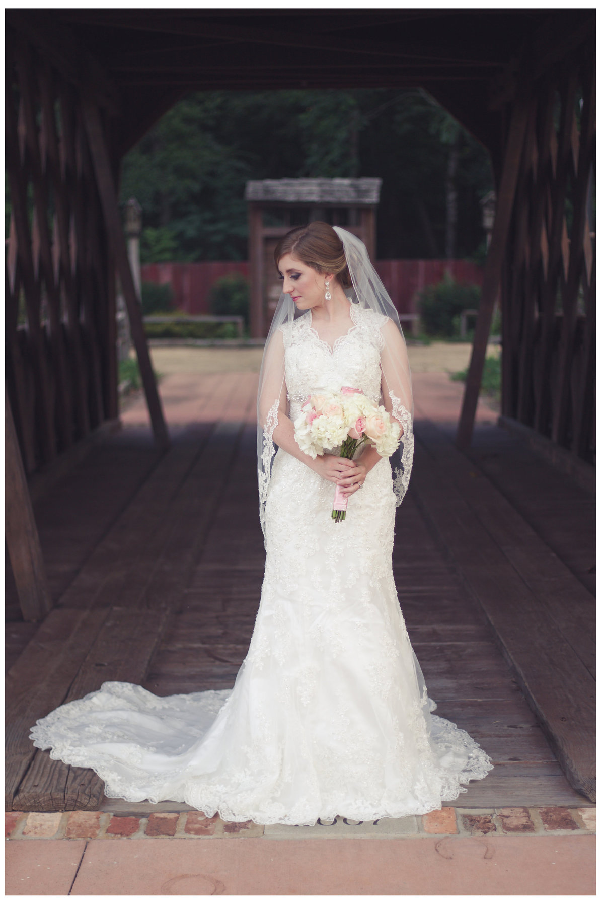 LPT Designs Photography Lydia Thrift Gadsden Fine Art Wedding Photographer Laura Ryan Auburn Alabama Jule Collins Smith 18