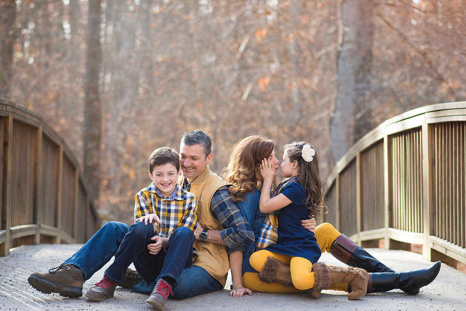 family_portraits_meeks_park_blairsville_north_ga_area_bridge