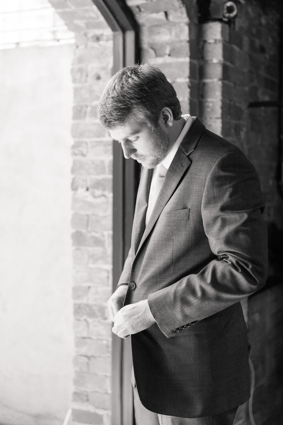 Old-Cigar-Warehouse-Wedding-Photographer-Greenville-SC-25
