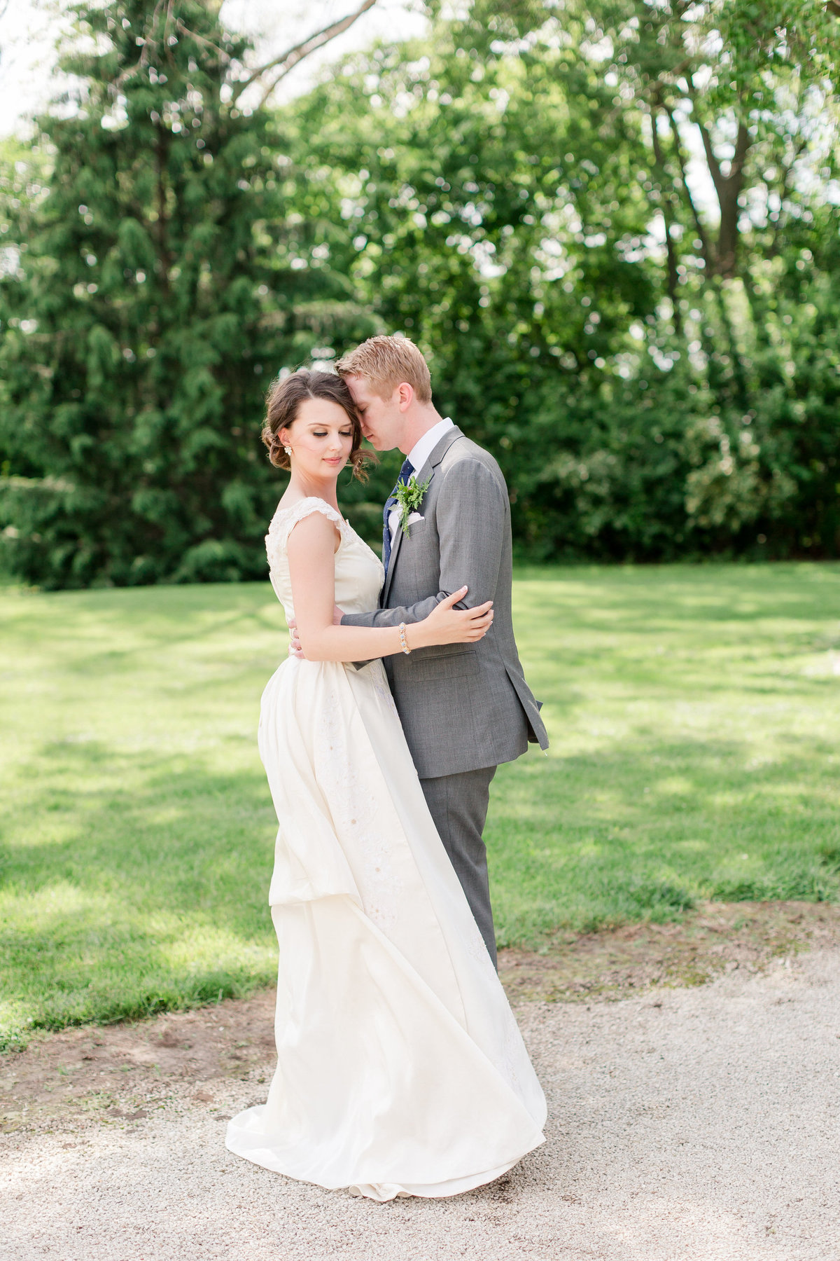 Maison Meredith Photography Wisconsin Wedding Photographer Real Wedding Four 033