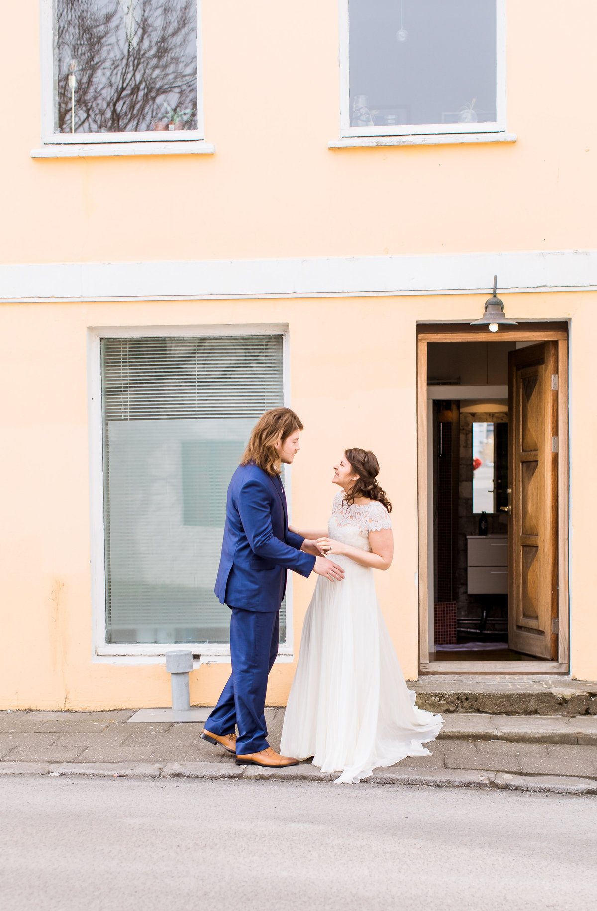 IcelandWedding_OliviaScott_DestinationWedding_CatherineRhodesPhotography-135-Edit