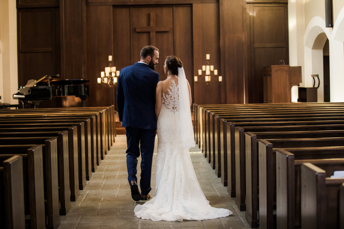 Baptist Wedding - Church Wedding - Church Weddings - Nashville Church Weddings - nashville TN - Nashville Weddings - Nashville Wedding - Couples Who Love Jesus - SouthernBride - SouthernBrides - Nashville Bride025