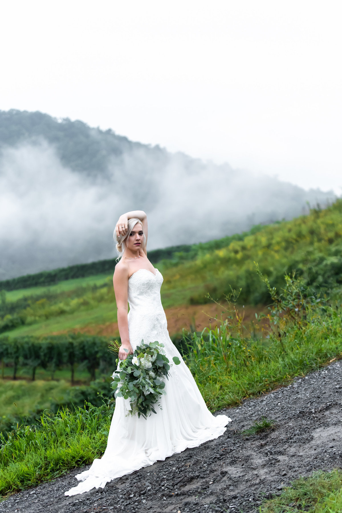 Beautiful bride at Delfosse Vinyard.