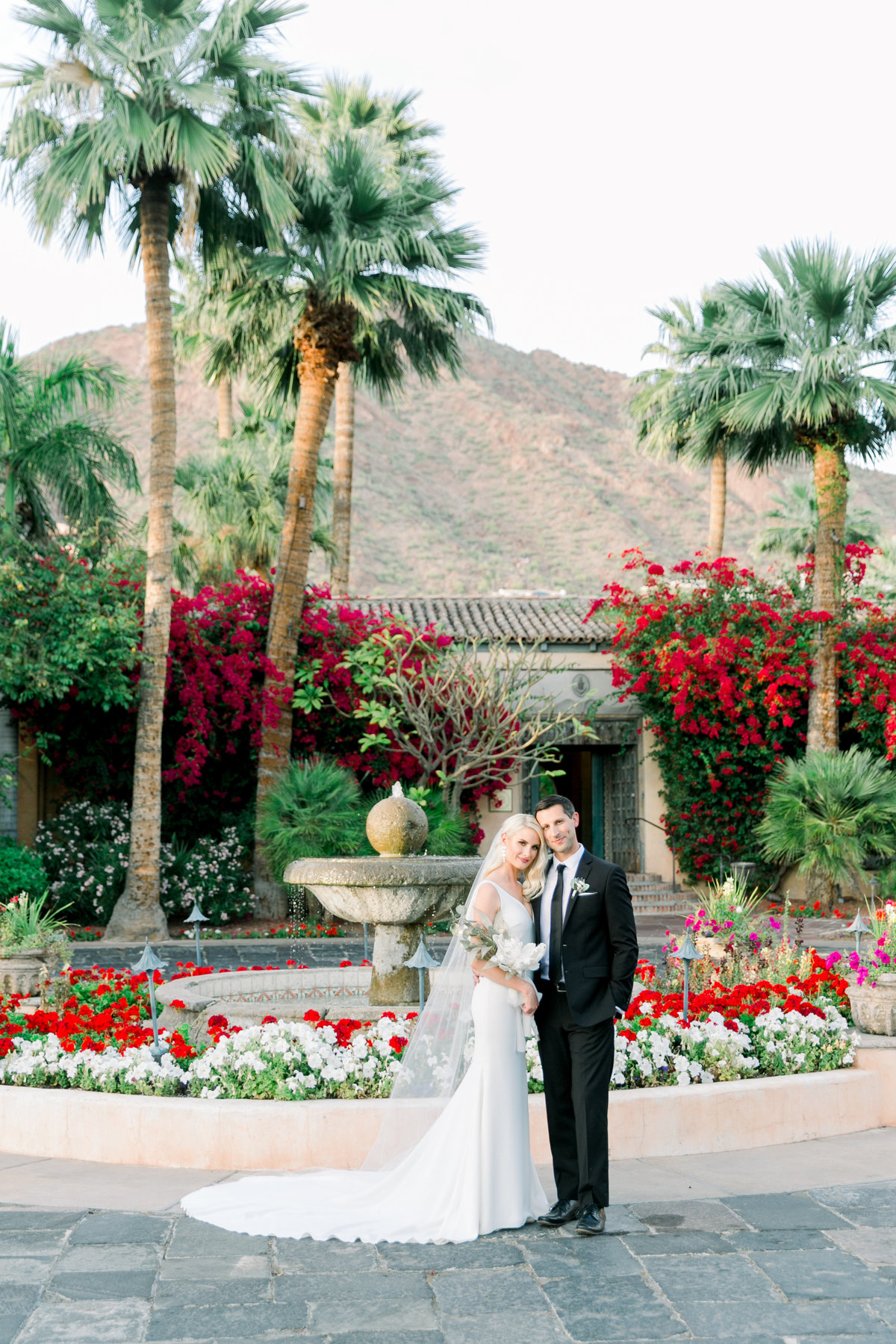Karlie Colleen Photography - The Royal Palms - Arizona Wedding - Alex & Alex-570