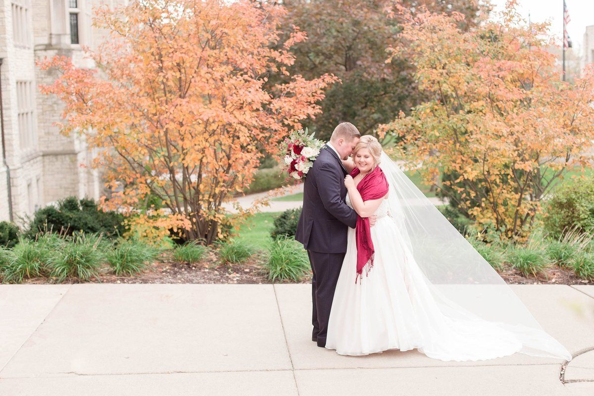 Burgundy and Rose Gold Fall Holland Garden Wedding with by Toledo and Detroit Based Wedding Photographers Kent & Stephanie Photography_1131