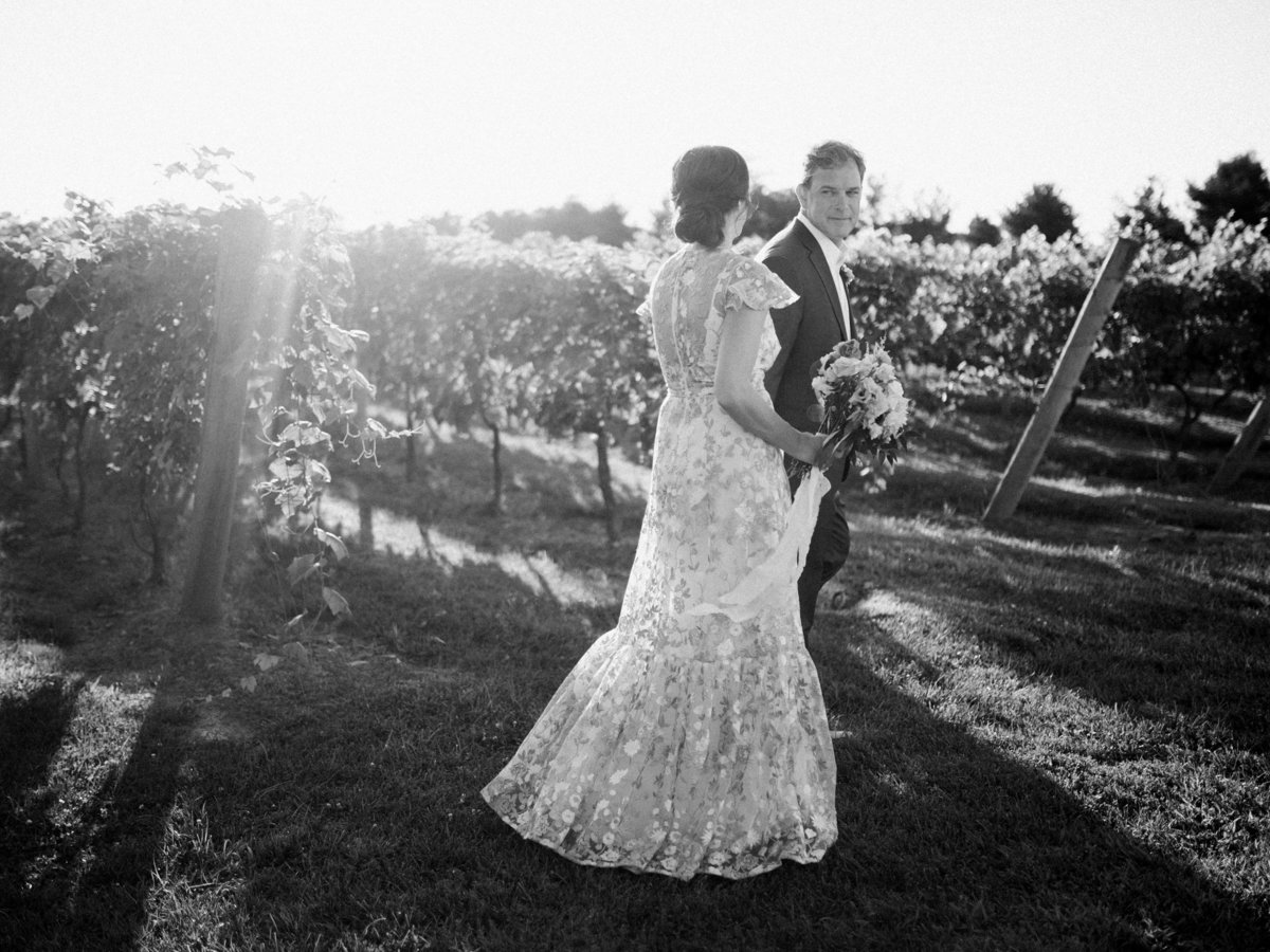 crossing vineyards and winery wedding-4