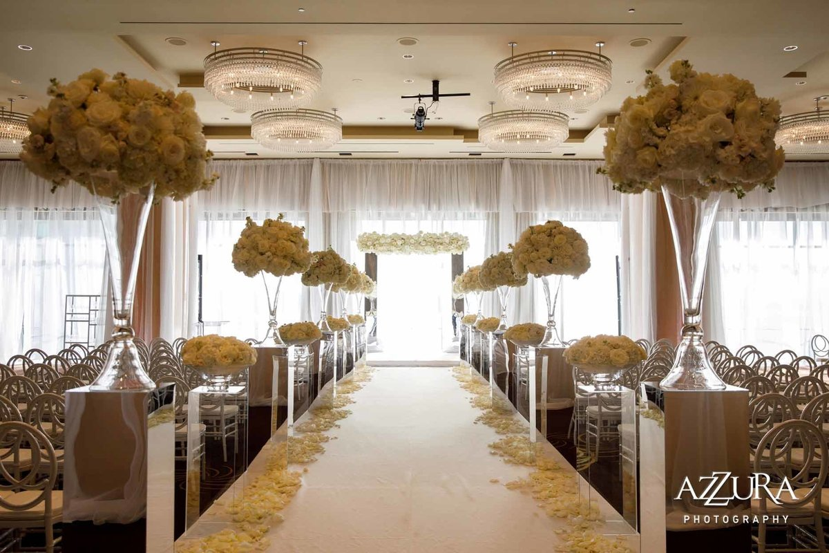 49luxe-four-seasons-wedding-Flora-Nova-Design