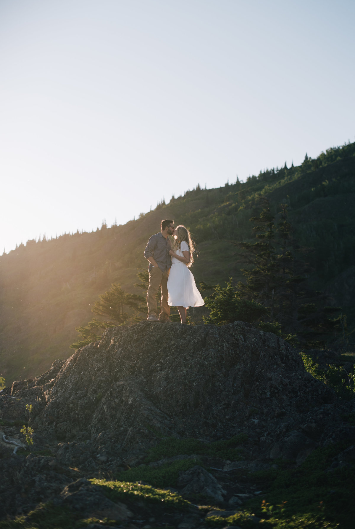 017_Erica Rose Photography_Anchorage Engagement Photographer_Featured