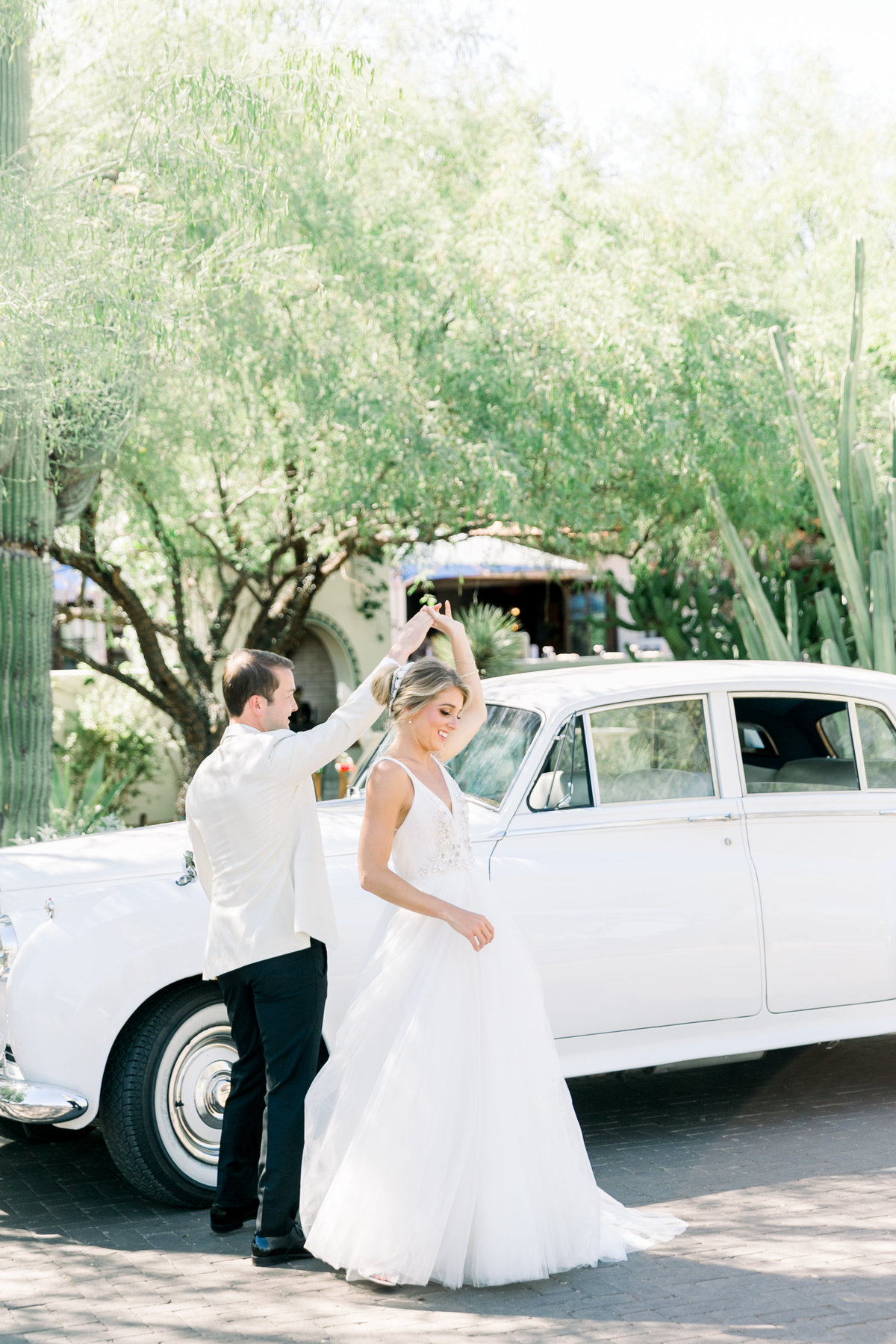 Karlie Colleen Photography - El Chorro Arizona Desert Wedding - Kylie & Doug-308