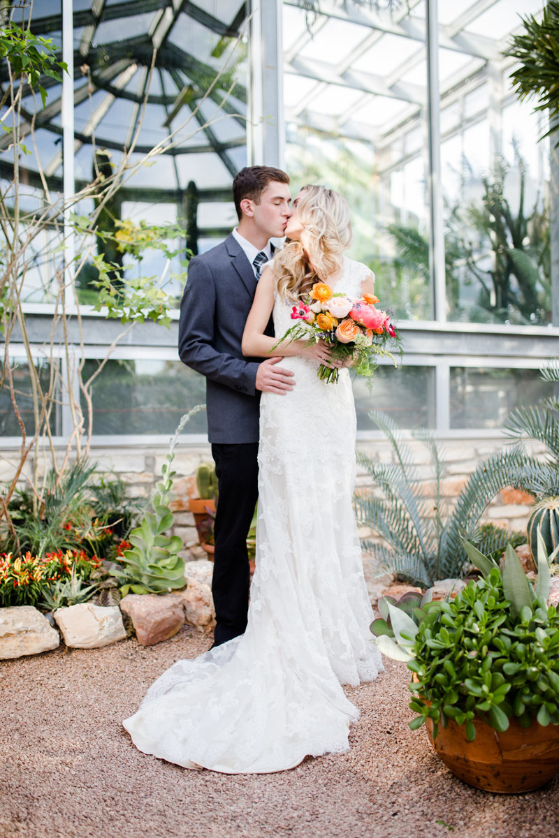 greenhouse_at_driftwood_wedding_austin_photographer (8)