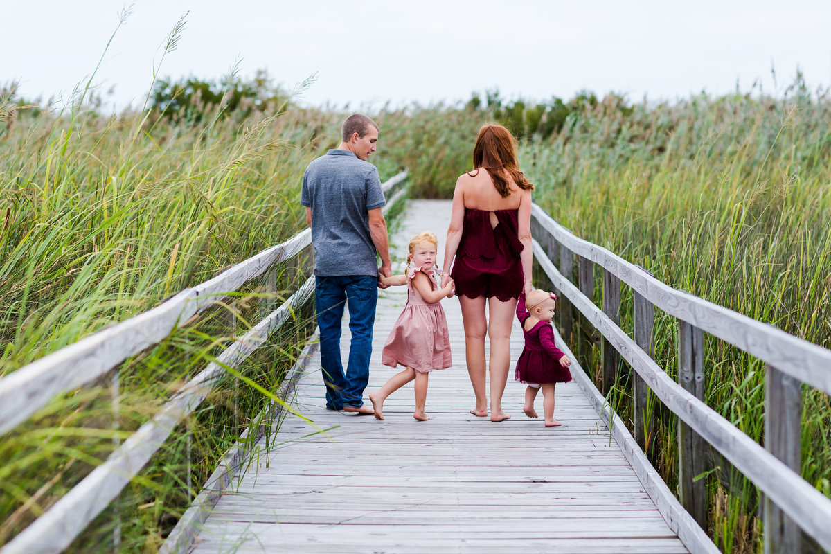 beautiful outdoor lifestyle family photos shot by brooke tucker photography