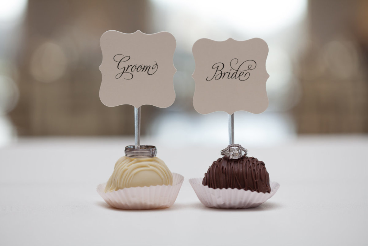 Escort card cake balls by Brittany Barclay Photography