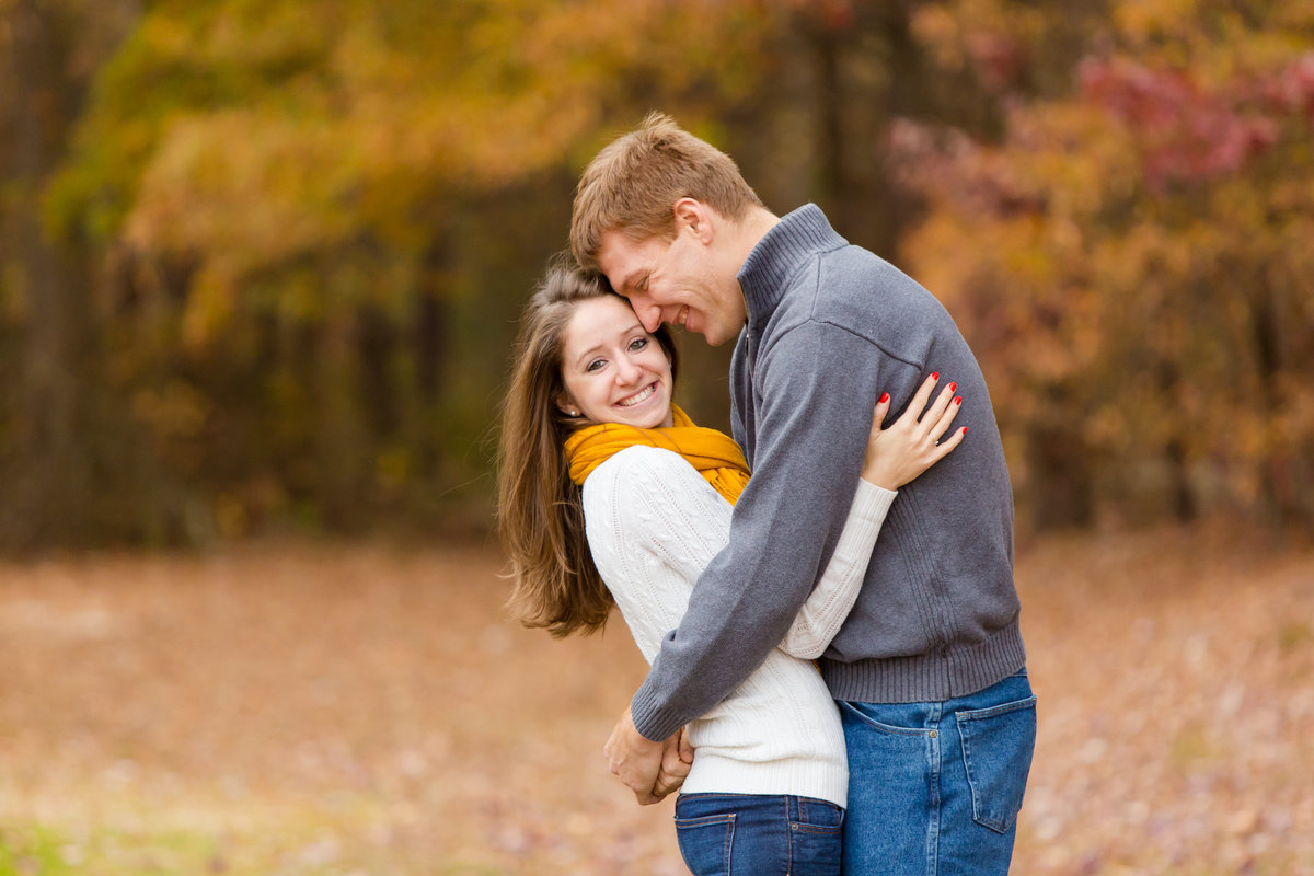 richmond_virginia_fall_engagement-05