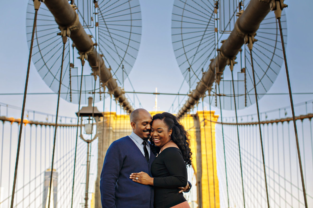 AmyAnaiz_Brooklyn_Bridge_Dumbo_Engagement_New_York_008