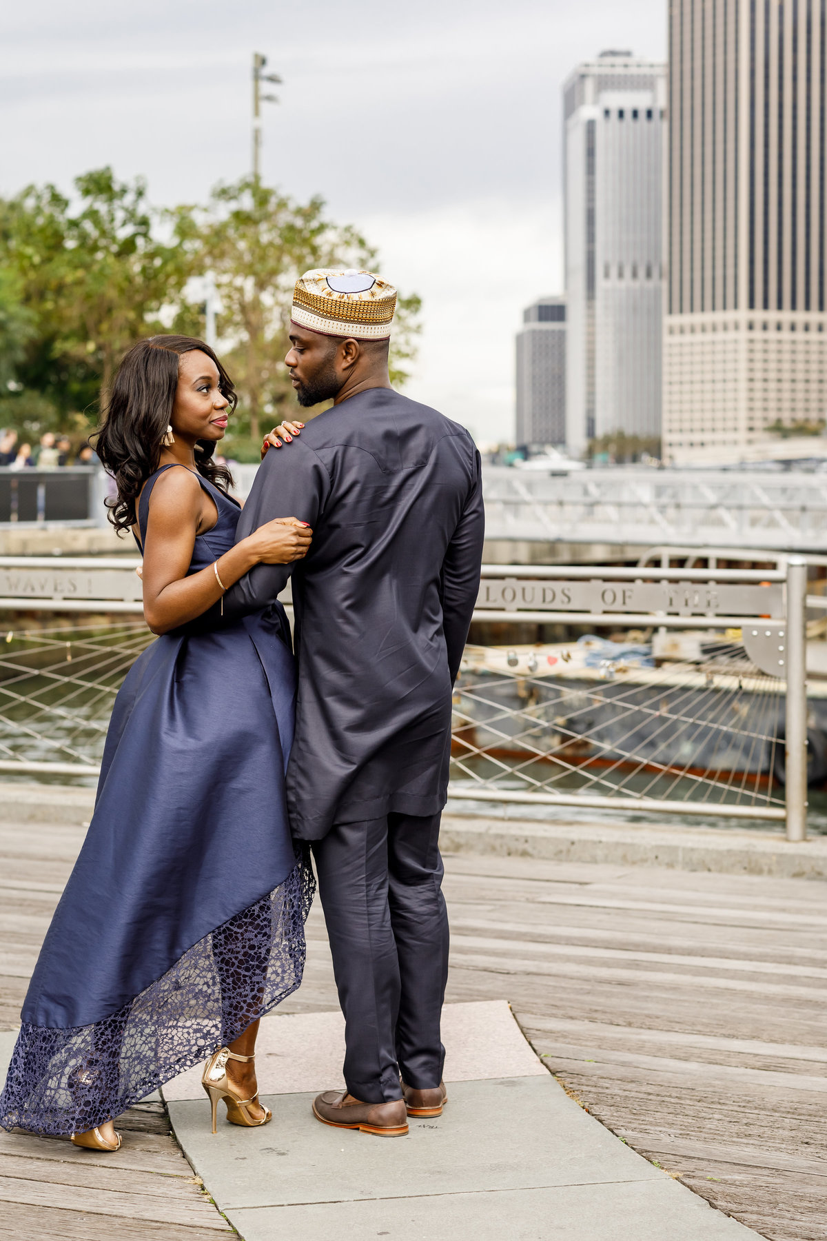 Brooklyn_Bridge_New_York_Engagement_Session_Amy_Anaiz_006