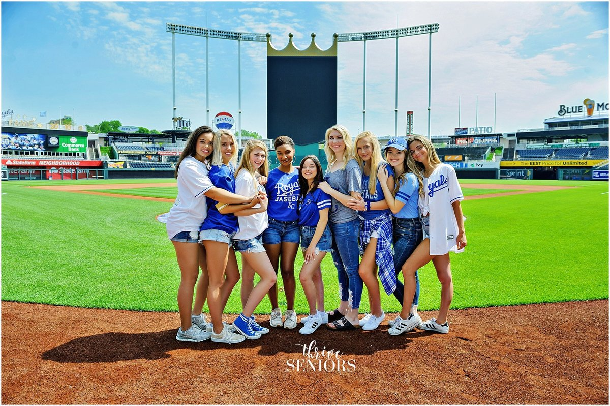 DSC_4482_kansas city senior portrait photographer royals kauffman stadium