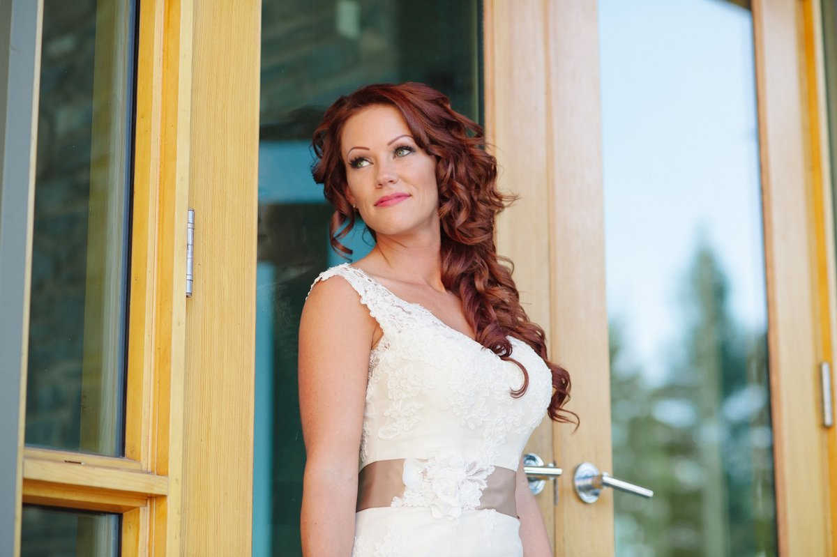 calgary-wedding-photographer-azuridge-estate-hotel-208