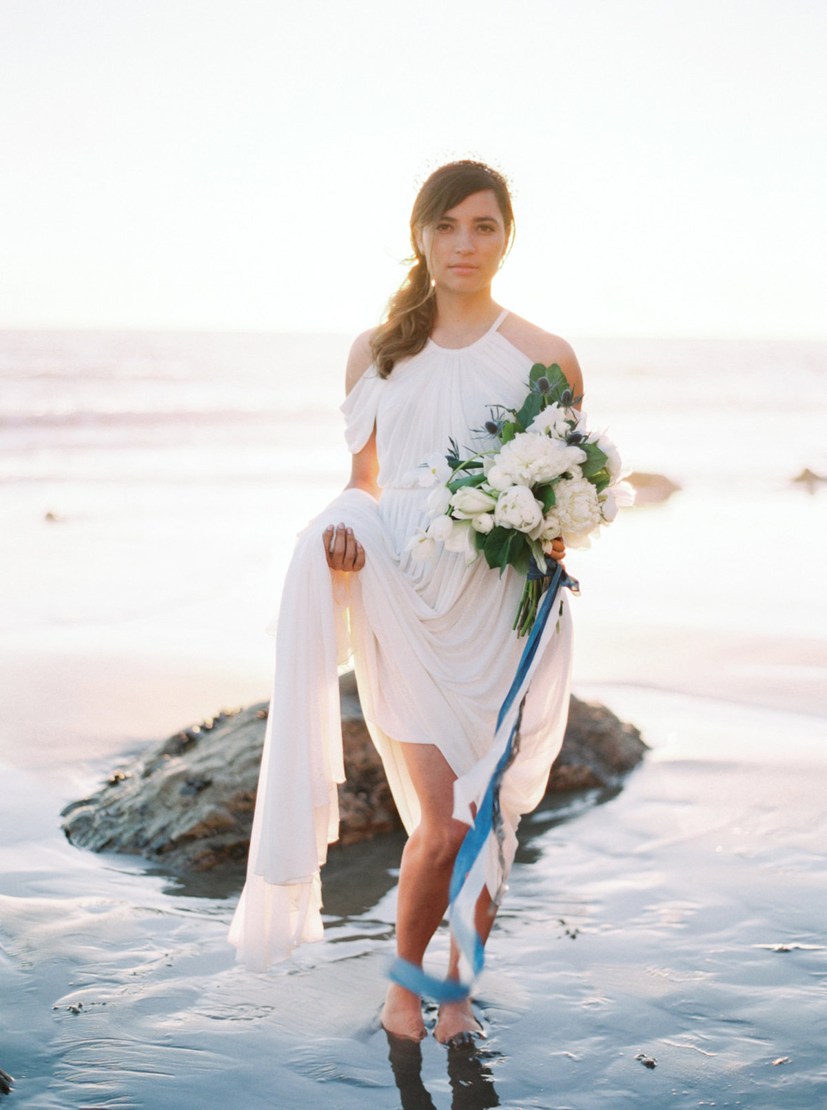 oceanside-elopement-destination-california-style-me-pretty-melanie-gabrielle-photography-37