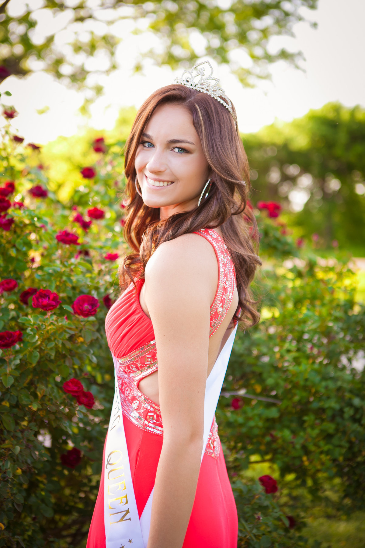 High School homeconing queen senior portraits in flowers