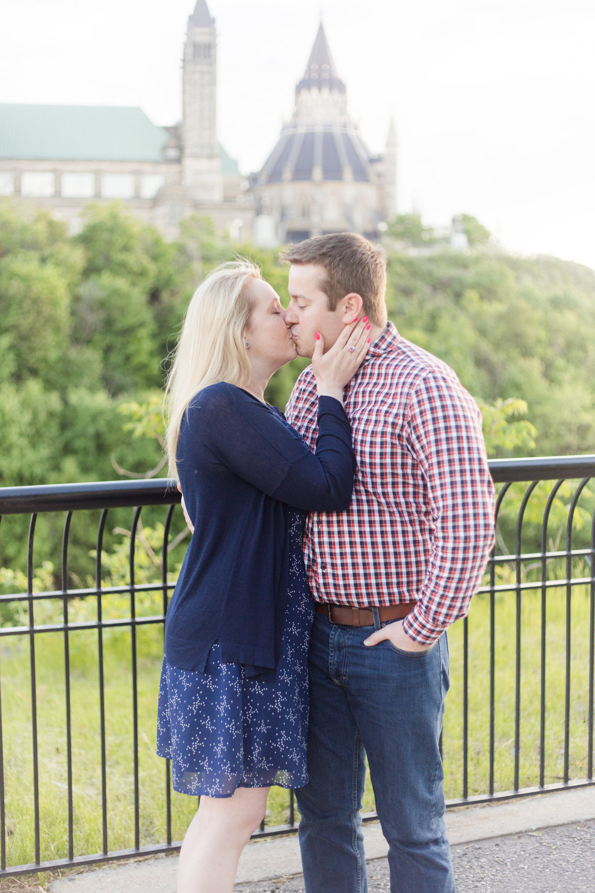Ottawa-Wedding-Photographer-downtown-ottawa-engagement-55