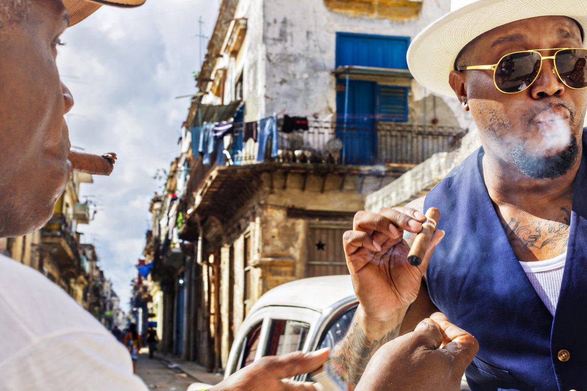 AmyAnaiz_Makini_Regal_Destination_Engagement_Havana_Cuba_056