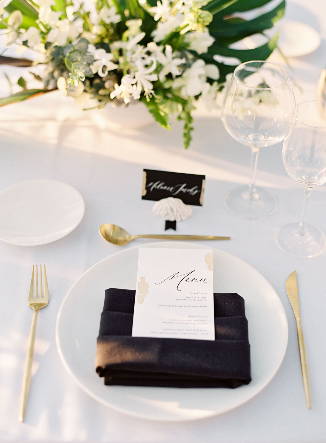 elegant-bohemian-tropical-december-destination-wedding-melanie-gabrielle-photography-martha-stewart-submission-050