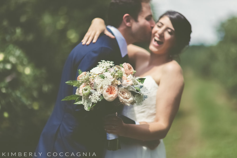 Kimberly-Coccagnia-Hudson-Valley-Weddings-LVF-24