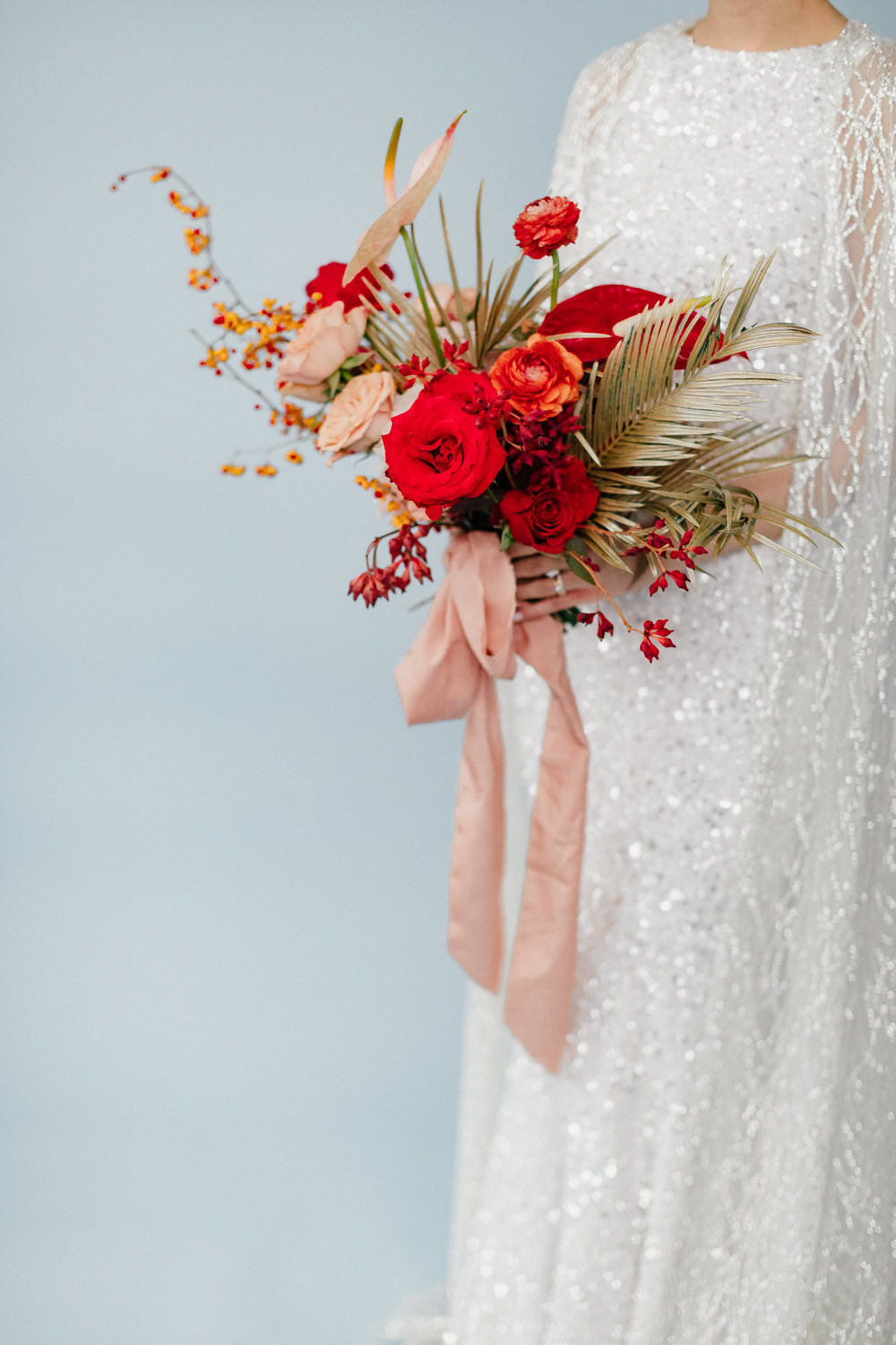 design-exchange-wedding-christine-lim-photography-white-oak-flower-co-047
