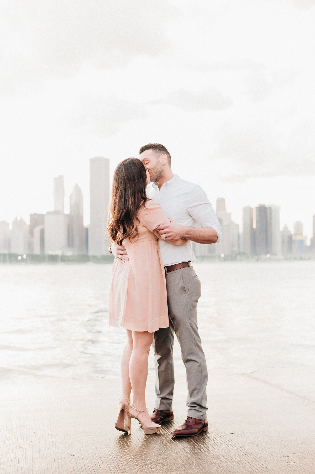 downtown-chicago-skyline-engagement-photo-1