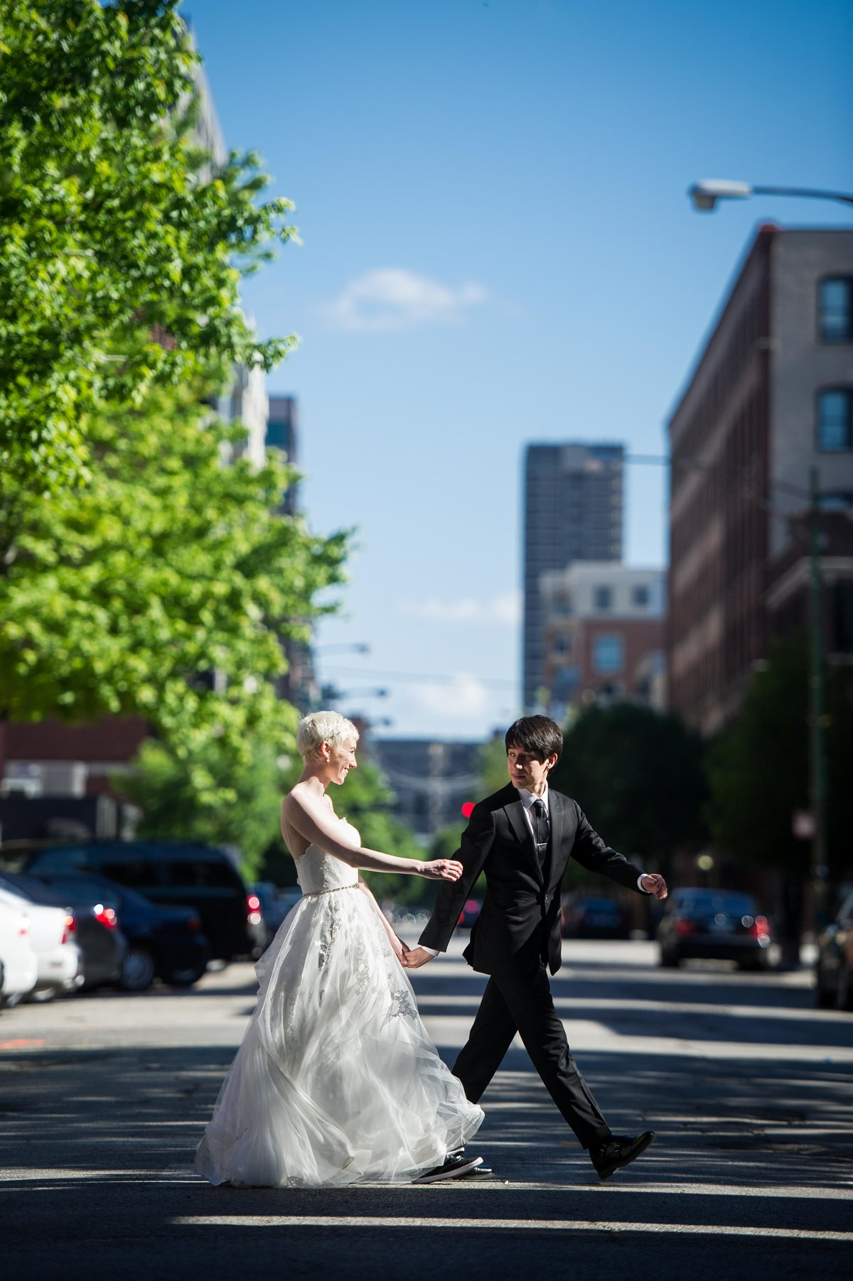 Chicago wedding, couple crossing street, Fulton Market.