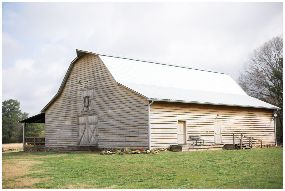 LPT Designs Photography Lydia Thrift Gadsden Alabama AL Wedding Photographer Weeks Hay Barn Collinsville Blog 2