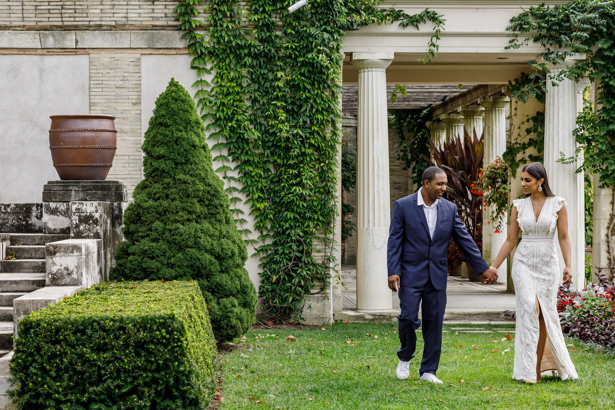 Untermyer_Gardens_Conservancy_EngagementSession_AmyAnaiz_006