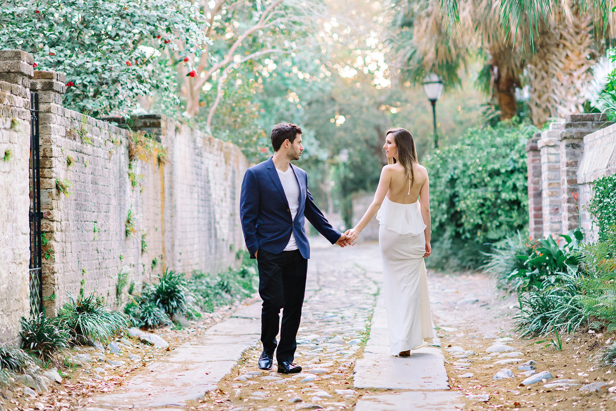 Charleston Wedding Photography Engagement Pictures In Historic Downtown