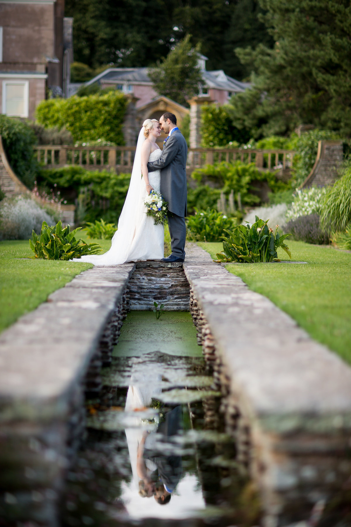 hestercombe gardens wedding photo somerset apring