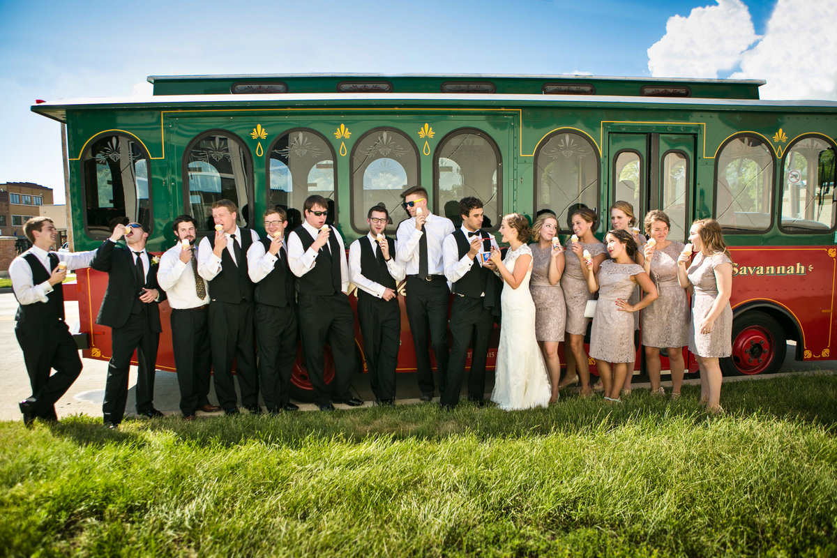 Green Bay Adventure Wedding at Title Town Tap Room by Amenson Studio094