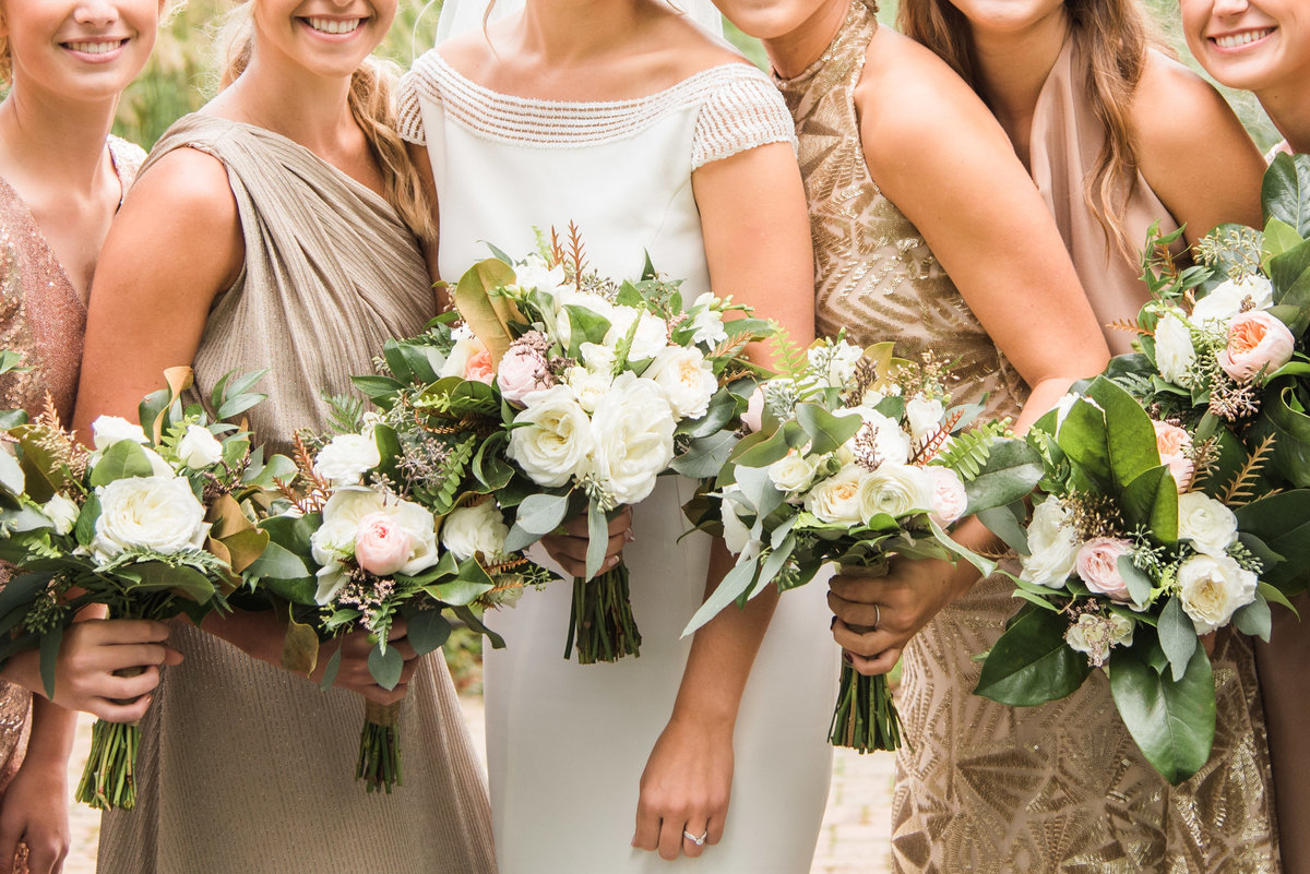 bride, bridesmaids, and bouquets