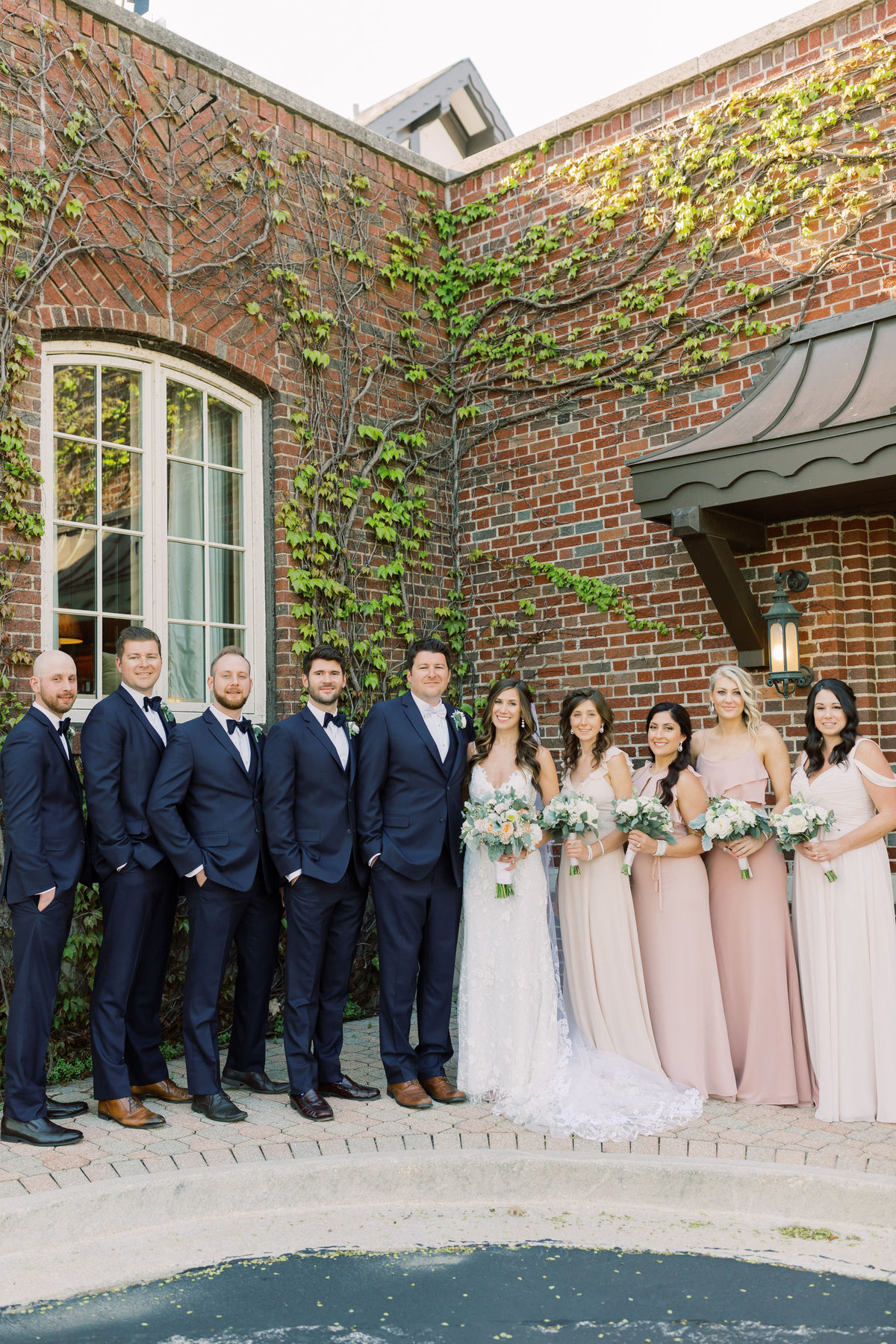 TiffaneyChildsPhotography-ChicagoWeddingPhotographer-Chloe+Jon-HinsdaleCountryClubWedding-BridalParty-8