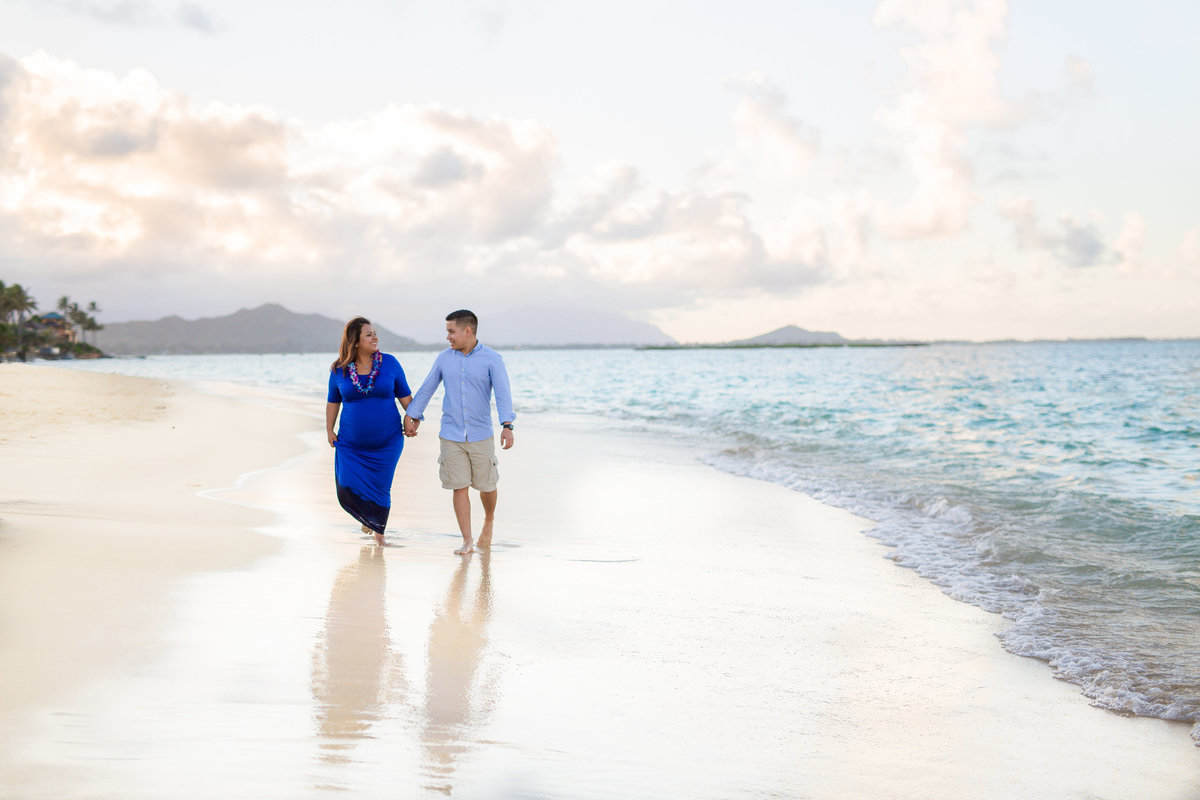 Karla Maternity Session _ Lanikai Beach_ Vanessa Hicks Photography  2016-0627