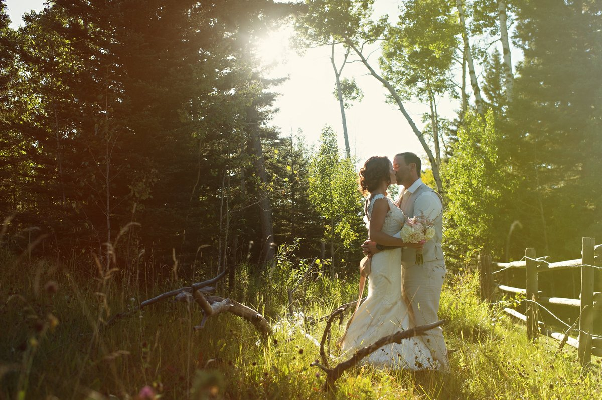 calgary-wedding-photographer-azuridge-estate-hotel-221